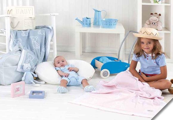 MORA Detská úpletová deka CHISPAS